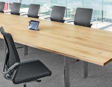 Instelbare conferentietafel Girsberger