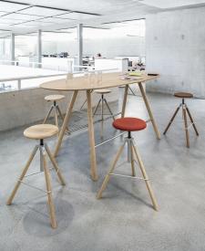 Akio houten tafel