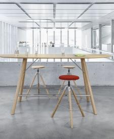 Girsberger houten tafel Akio