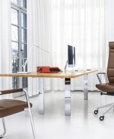 Kantoor met Girsberger Diagon stoelen